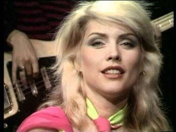 Blondie sonríe al éxito