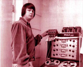 Brian masterizando Pet Sounds con el último grito