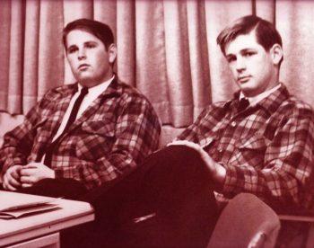 Brian y Carl, hermanos