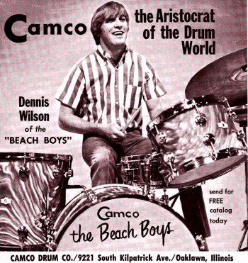 Dennis Wilson vendiendo su batería