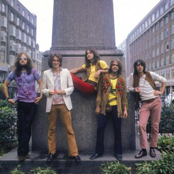 The Kinks en un Monumento