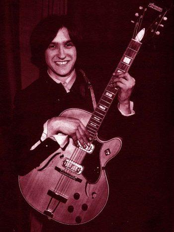 Dave Davies Sonriendo