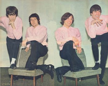 The Kinks pisando